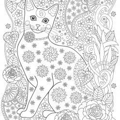 Кошка с узорами и цветами