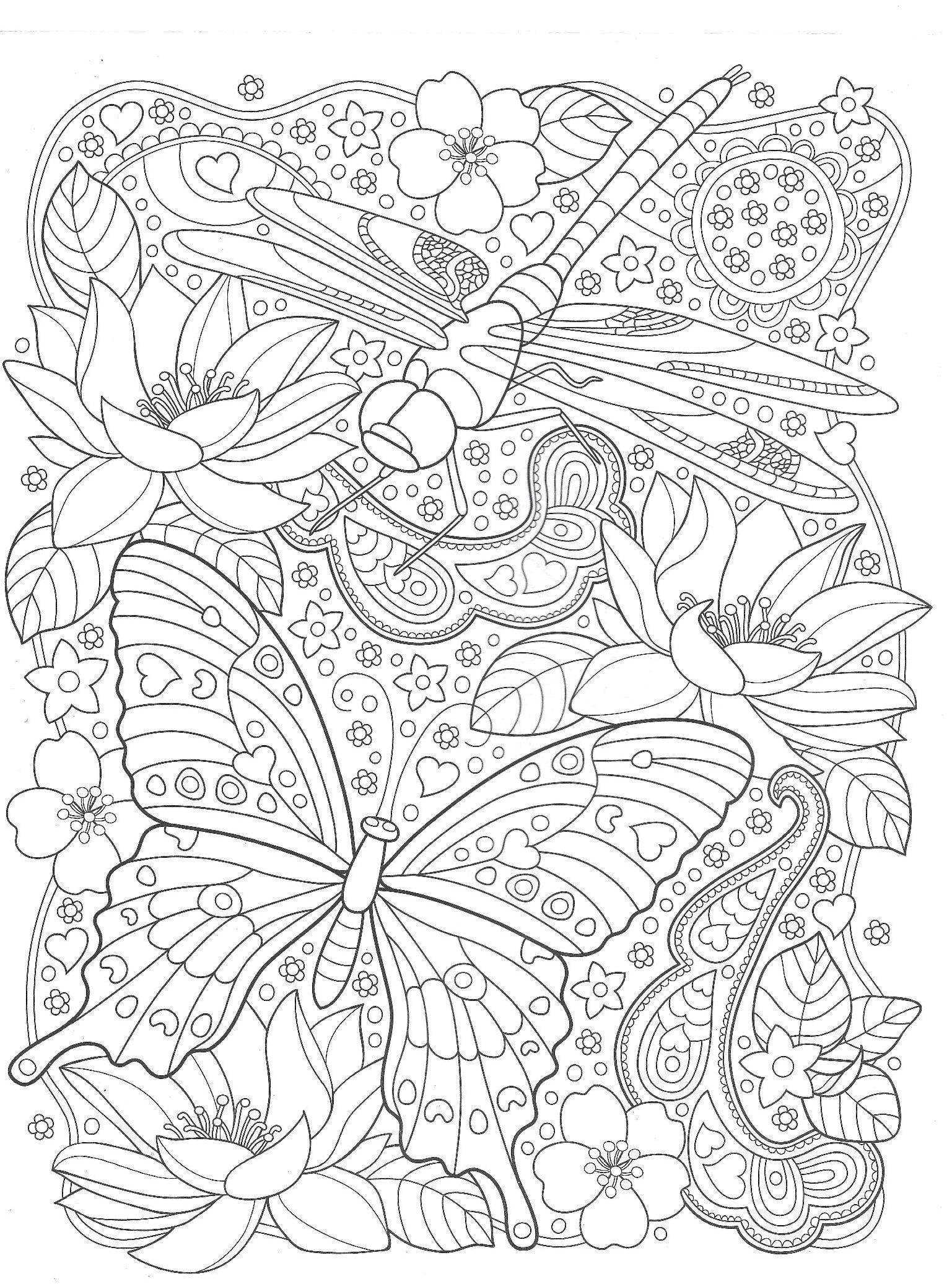 Бабочка и стрекоза с цветами