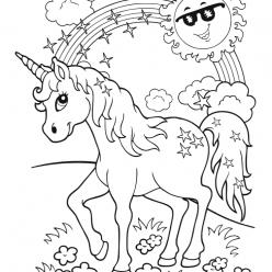 Красивая раскраска для детей «Маленький единорог с радугой», чтобы распечатать