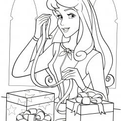 Раскраски принцесса Дисней для девочек «Аврора с подарками», чтобы распечатать