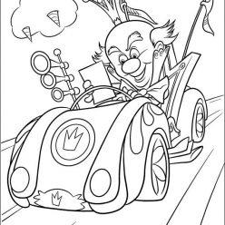 Раскраски из мультфильма Ральф для детей «Король Карамель на гонке», чтобы распечатать